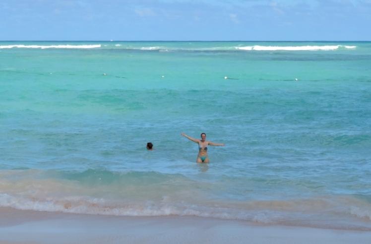 Mar tranquilo e de água morna