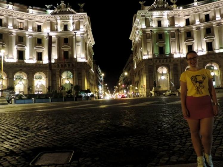 Piazza della Repubblica perfeita para passear a noite