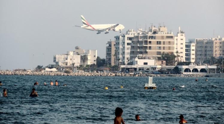 Praia central de Lárnaca