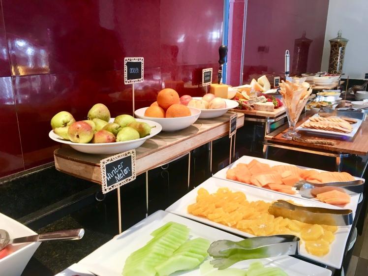 Café da manhã super variado e gostoso